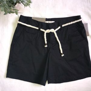 NWT✨black shorts with a nautical rope belt